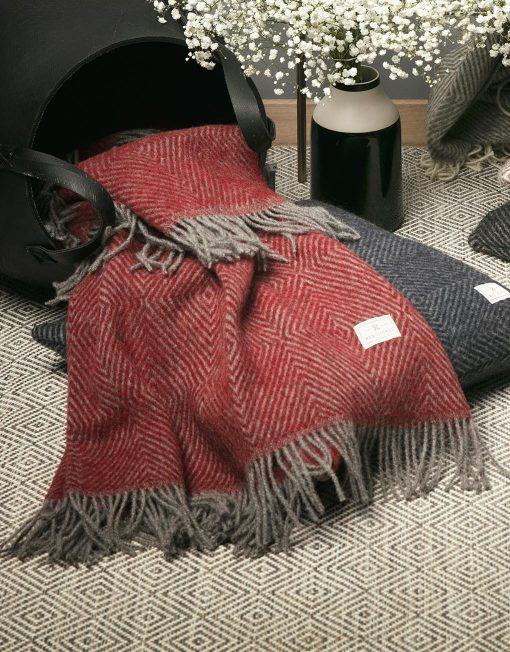 Koc Wełniany Red Lychee Cosmopolitan